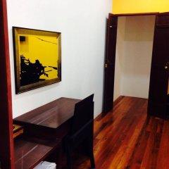 Отель Phuket Sunny Hostel Таиланд, Пхукет - отзывы, цены и фото номеров - забронировать отель Phuket Sunny Hostel онлайн сейф в номере