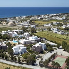 Отель 9 Muses Santorini Resort пляж