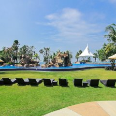 Отель White Sand Beach Residences Pattaya развлечения