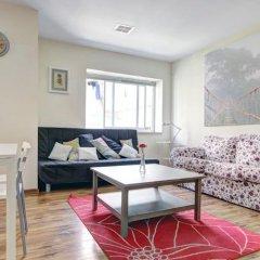 Flower Trail Apartments Израиль, Тель-Авив - 1 отзыв об отеле, цены и фото номеров - забронировать отель Flower Trail Apartments онлайн комната для гостей фото 4