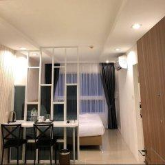 Отель The Royal Place Condominium 3 Phuket Таиланд, Пхукет - отзывы, цены и фото номеров - забронировать отель The Royal Place Condominium 3 Phuket онлайн комната для гостей фото 2