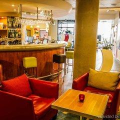 Отель Novotel Suites Cannes Centre гостиничный бар