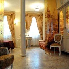 Отель Little Home - Empire Польша, Варшава - отзывы, цены и фото номеров - забронировать отель Little Home - Empire онлайн комната для гостей фото 2