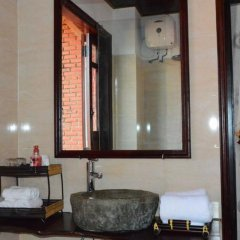 Отель Viet House Homestay Вьетнам, Хойан - отзывы, цены и фото номеров - забронировать отель Viet House Homestay онлайн ванная фото 2
