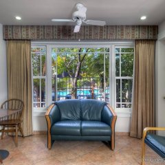 Dinah S Garden Hotel In Palo Alto United States Of America From