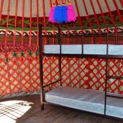 Отель Friends guest house & hostel Кыргызстан, Бишкек - отзывы, цены и фото номеров - забронировать отель Friends guest house & hostel онлайн гостиничный бар