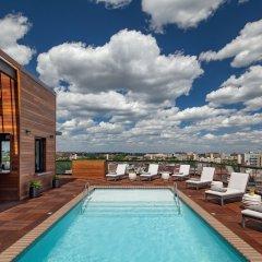 Mason & Rook Hotel бассейн