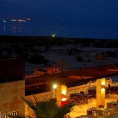 Отель Ramada Resort Dead Sea Иордания, Ма-Ин - 1 отзыв об отеле, цены и фото номеров - забронировать отель Ramada Resort Dead Sea онлайн балкон