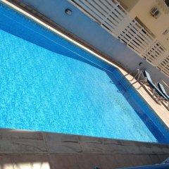 Отель Pasianna Hotel Apartments Кипр, Ларнака - 6 отзывов об отеле, цены и фото номеров - забронировать отель Pasianna Hotel Apartments онлайн бассейн