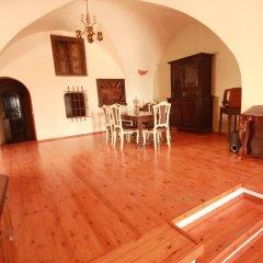 Отель Lava Suites and Lounge комната для гостей фото 5