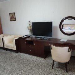 Гостиница Мартон Палас 4* Стандартный номер с двуспальной кроватью фото 12