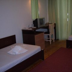 ADIS Holiday Inn Hotel удобства в номере