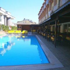 Отель Grand Nar бассейн