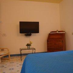 Отель Casa Cecilia Италия, Равелло - отзывы, цены и фото номеров - забронировать отель Casa Cecilia онлайн удобства в номере