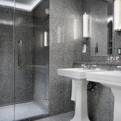 Отель The Whitby Hotel США, Нью-Йорк - отзывы, цены и фото номеров - забронировать отель The Whitby Hotel онлайн ванная фото 2