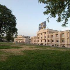 Отель Mapple Emerald New Delhi Индия, Нью-Дели - отзывы, цены и фото номеров - забронировать отель Mapple Emerald New Delhi онлайн