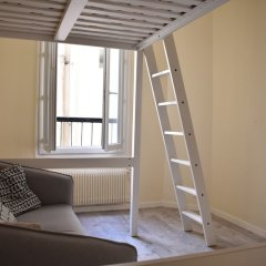 Апартаменты Renovated Studio in Paris комната для гостей фото 2