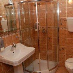 Отель Stari Krovovi Сербия, Нови Сад - отзывы, цены и фото номеров - забронировать отель Stari Krovovi онлайн ванная фото 2
