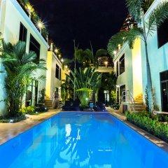 Palm Oasis Boutique Hotel бассейн