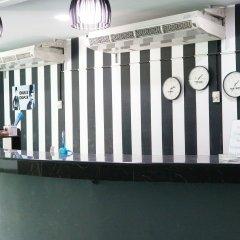 Отель Chaplin Inn Паттайя гостиничный бар