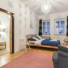 Апартаменты Nerudova Apartment Prague Castle Прага комната для гостей