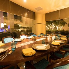Jaipur Marriott Hotel гостиничный бар