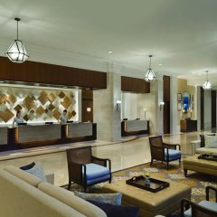 Отель Shangri-La's Mactan Resort & Spa интерьер отеля