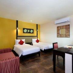 Отель Andaman White Beach Resort Таиланд, пляж Банг-Тао - 3 отзыва об отеле, цены и фото номеров - забронировать отель Andaman White Beach Resort онлайн комната для гостей фото 2