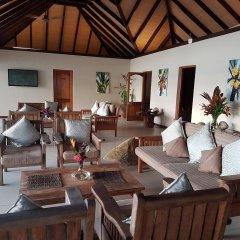 Отель Cerf Island Resort гостиничный бар