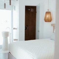 Отель Alafropetra Luxury Suites Греция, Остров Санторини - отзывы, цены и фото номеров - забронировать отель Alafropetra Luxury Suites онлайн комната для гостей фото 5