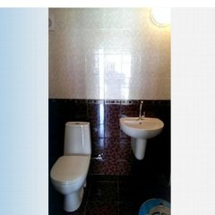 Гостиница Granat Guest House ванная фото 2