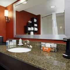 Отель Hampton Inn Columbus-International Airport США, Колумбус - отзывы, цены и фото номеров - забронировать отель Hampton Inn Columbus-International Airport онлайн ванная