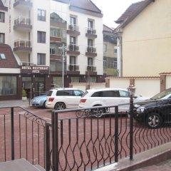 Hotel Aris парковка