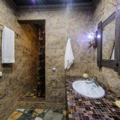 Гостиница Baccara в Челябинске 5 отзывов об отеле, цены и фото номеров - забронировать гостиницу Baccara онлайн Челябинск ванная фото 3