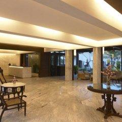 Отель Royal Orchid Beach Resort & Spa Гоа интерьер отеля
