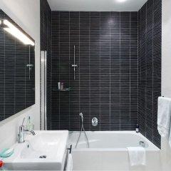 Отель Marvellous Apartment in Tigne Point With Pool Мальта, Слима - отзывы, цены и фото номеров - забронировать отель Marvellous Apartment in Tigne Point With Pool онлайн ванная фото 2