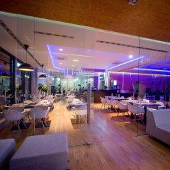 Отель Invite Wroclaw гостиничный бар