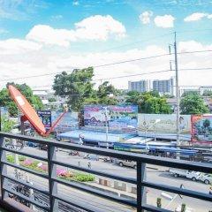 Отель Homey Donmueang Бангкок балкон