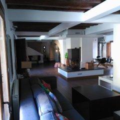 Отель Villa Cornelius гостиничный бар