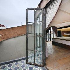 Отель Ikonik The Public балкон