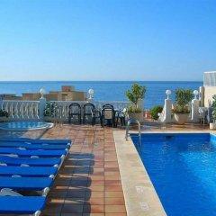 Отель Apartamentos Avenida Испания, Пляж Леванте - отзывы, цены и фото номеров - забронировать отель Apartamentos Avenida онлайн бассейн