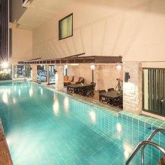 Отель Aspen Suites Бангкок бассейн фото 2