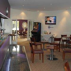 Beadlow Manor Hotel & Golf Club питание