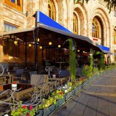 Отель Marriott Armenia Hotel Yerevan Армения, Ереван - 12 отзывов об отеле, цены и фото номеров - забронировать отель Marriott Armenia Hotel Yerevan онлайн питание фото 3