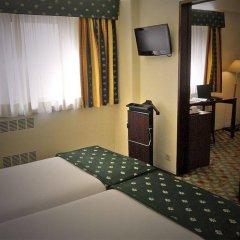 Hotel Jorge V удобства в номере фото 2