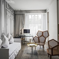 Отель La Maison Champs Elysees Париж комната для гостей фото 5