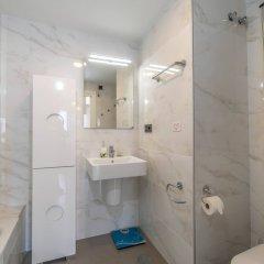 Отель Espanhouse Oasis Beach 108 Испания, Ориуэла - отзывы, цены и фото номеров - забронировать отель Espanhouse Oasis Beach 108 онлайн ванная фото 2