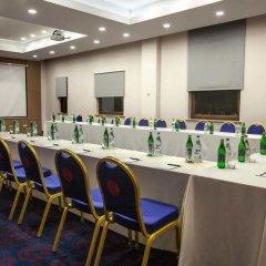 Отель Ramada and Suites by Wyndham Yerevan фото 2