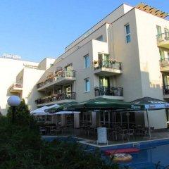 Отель Family Hotel Aurelia Болгария, Солнечный берег - отзывы, цены и фото номеров - забронировать отель Family Hotel Aurelia онлайн вид на фасад
