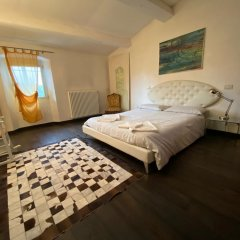 Отель Amazing Rooms In Luxury Mansion Италия, Флоренция - отзывы, цены и фото номеров - забронировать отель Amazing Rooms In Luxury Mansion онлайн комната для гостей фото 2